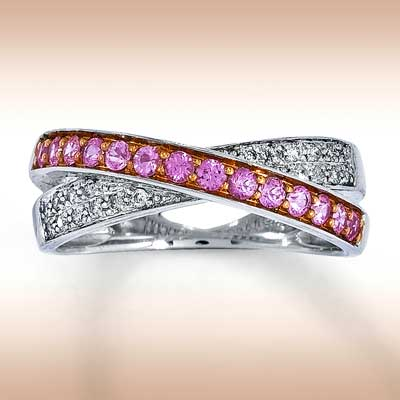 http://www.jewelry-weblog.com/images/gemstone_jewelry_79c78f1f47d98797c4d8c6c6f7a376cb.JPEG