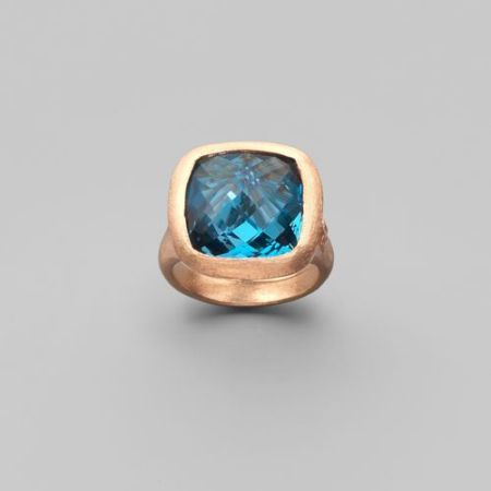 gold and gemstone ring