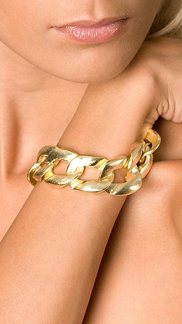 gold link bracelet. gold link bracelet