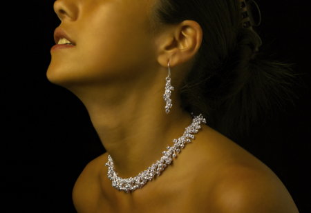 silver-necklace-and-earrings